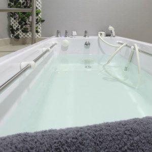 Drenaje linfático con bañera de masaje subacuático en Madrid