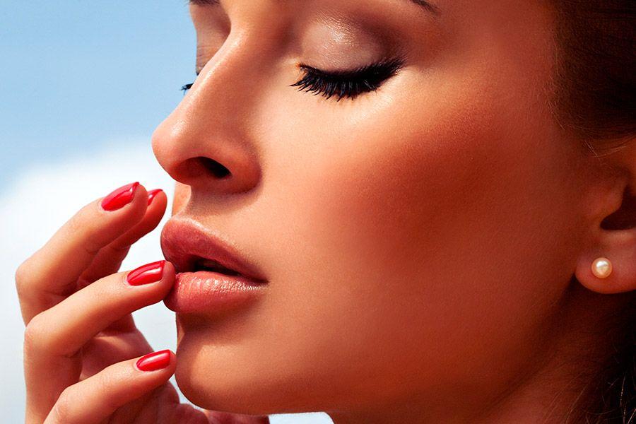 Peelings facial prepara la piel para el sol