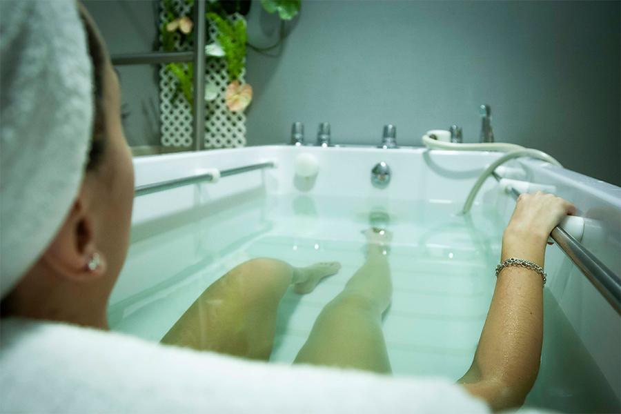 ventajas-masaje-subacuatico